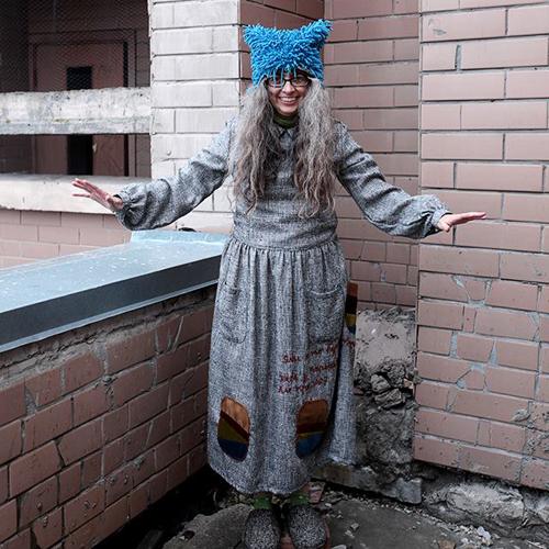 hippy pravda hat