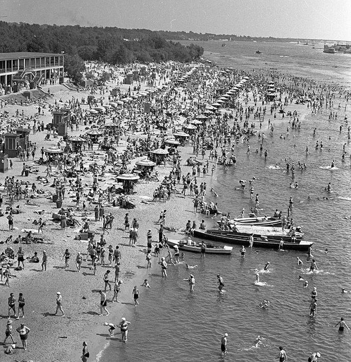 1958, Kyiv beach by Iryna Pap - SEE KYIV