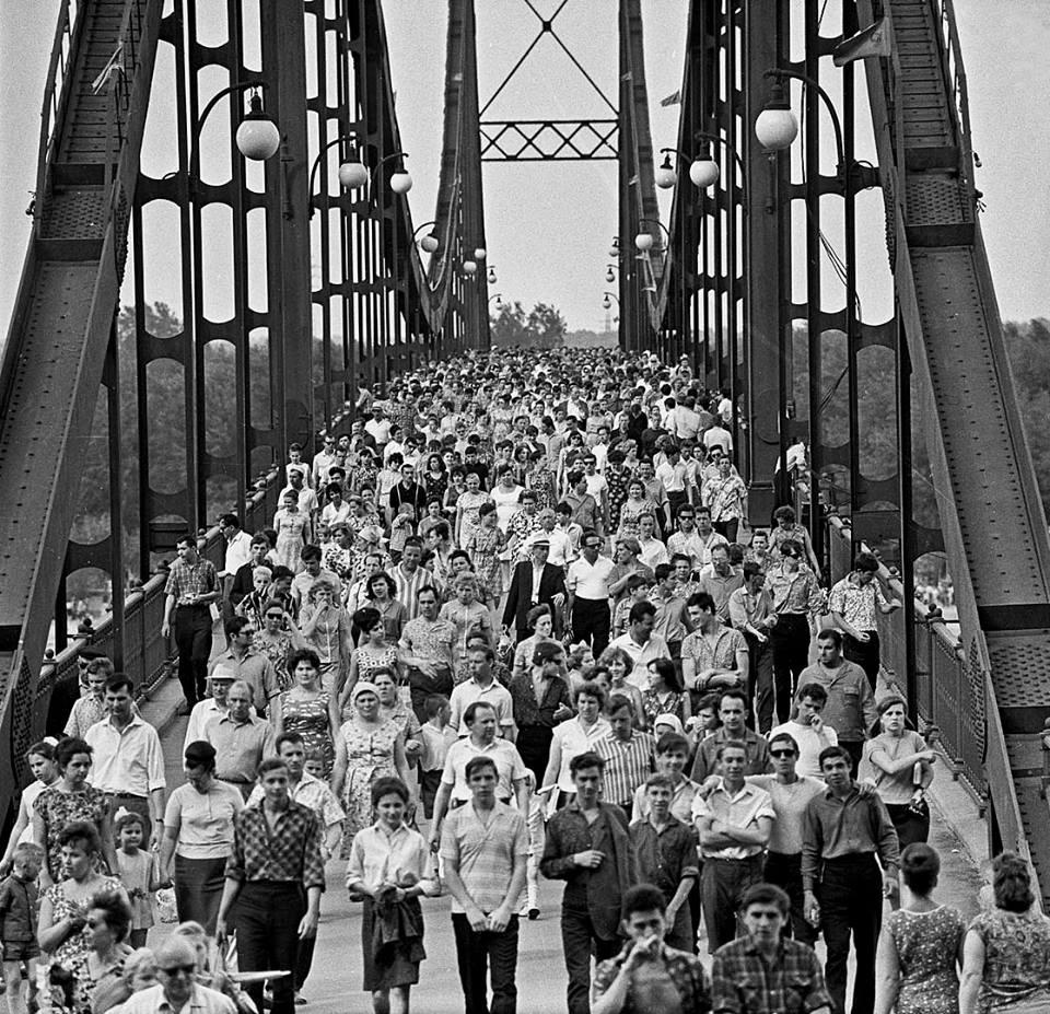 1965, Pedestrian bridge by Irina Pap - SEE KYIV