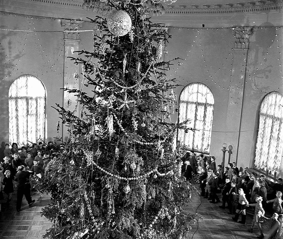 1963, New Year celebration at Zhovtnevy Palace by Iryna Pap - SEE KYIV